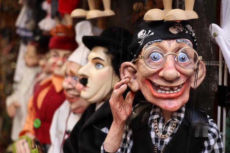 spectacle de marionnettes à fil